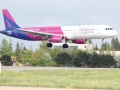 Wizz Air_Airbus A321_03