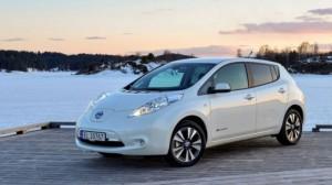 olandija-nori-uzdrausti-automobiliu-su-benzininiais-ir-dyzeliniais-varikliais-prekyba-690x387